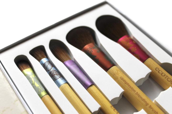 Подарочный набор для макияжа ( 5 штук)