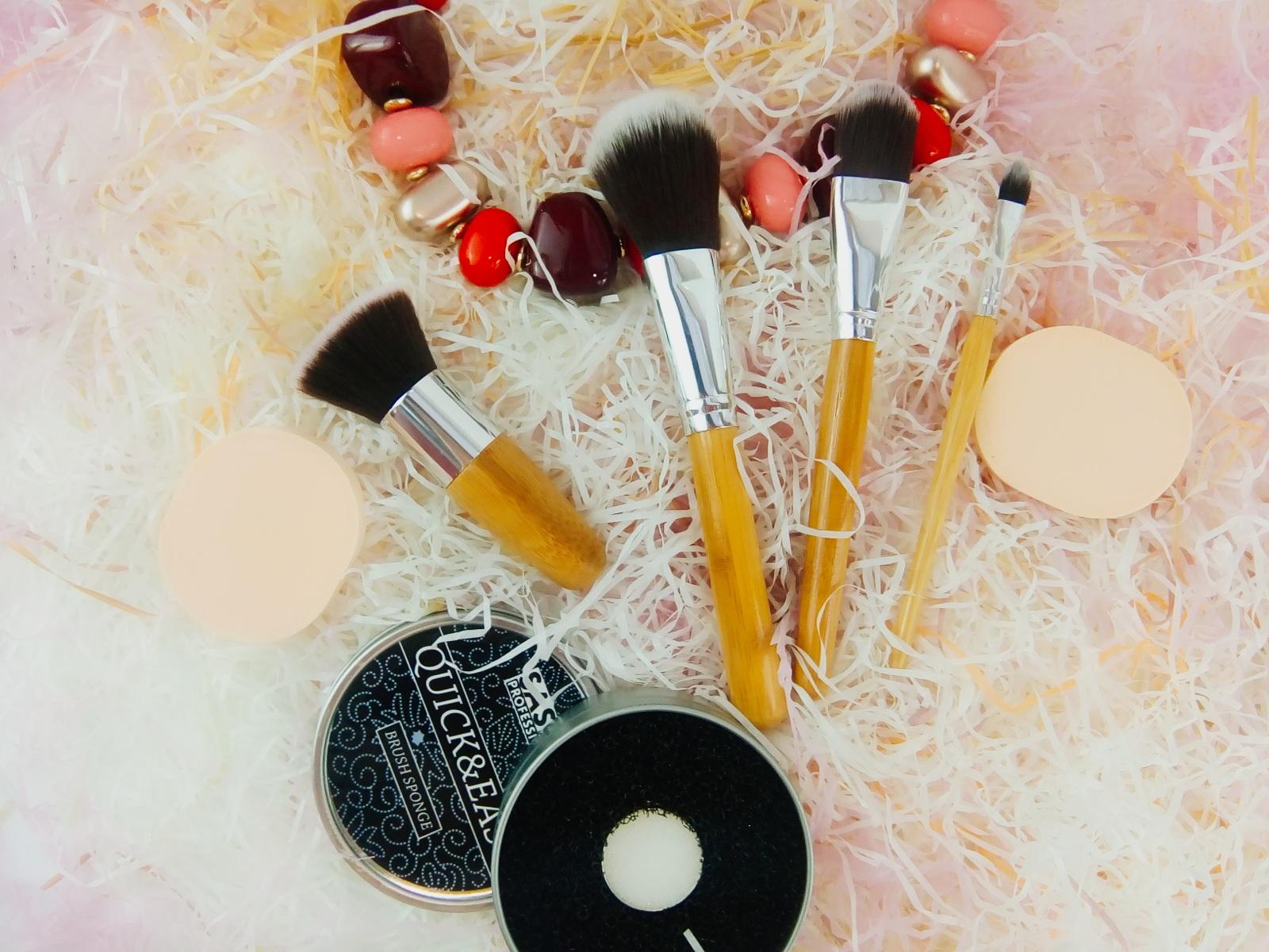 Бьюти - набор кисточек для макияжа