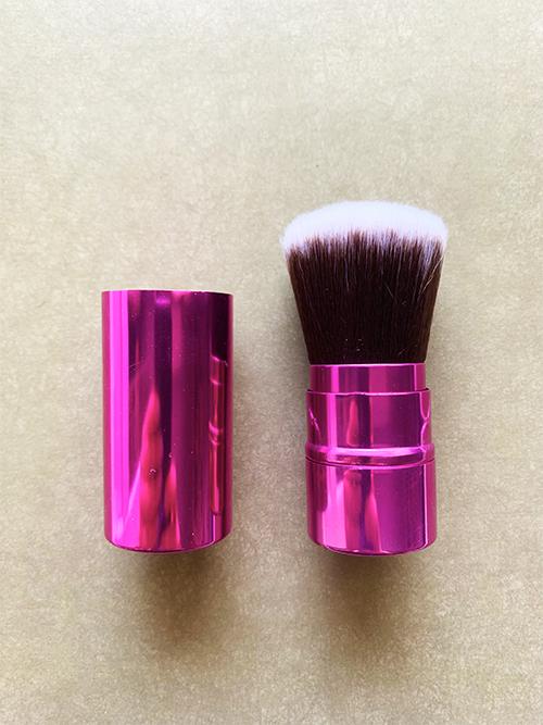Выдвижная кисть кабуки Bright Pink Brush
